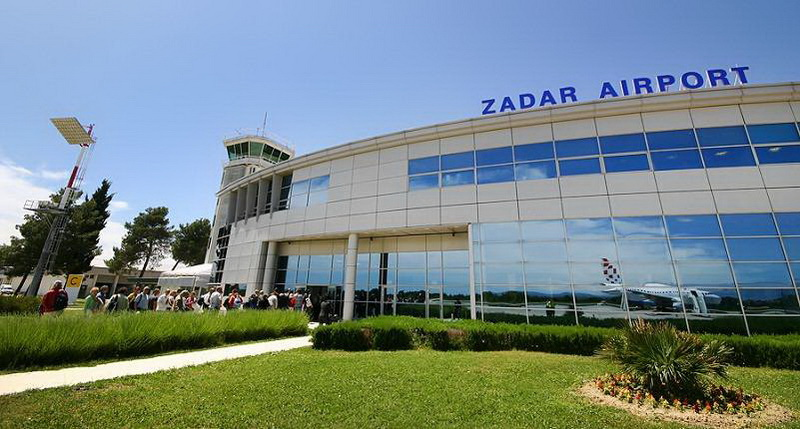 Aeroporto Zadar : Car rental zadar airport uni rent